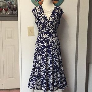 Chaps Blue and White Stretchy Fit & Flare Dress-M